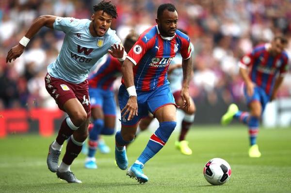 Jordan Ayew in action as Crystal Palace is beaten 2-0 by Aston Villa