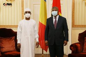 Chad's Mahamat Idriss Déby (left) met with host Joao Lourenco in Luanda