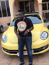 Ray Moni has recieved a new car from his manager