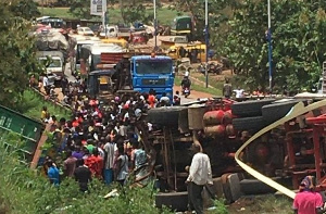 Accident 19 Dead