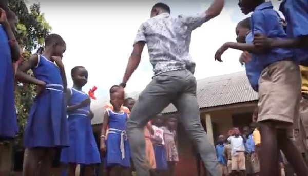 Meet the dancing teacher who uses music and dance to teach his pupils