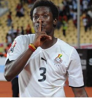 Asamoah Gyan Vs Angola2010