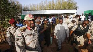 Abd al-Rahim Hamdan Dagalo (R, front), a commander of Sudan's Rapid Support Forces (RSF) paramilitar
