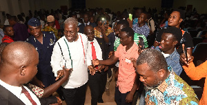 Vice President, Paa Kwesi Bekoe Amissah-Arthur interacts with UCC students