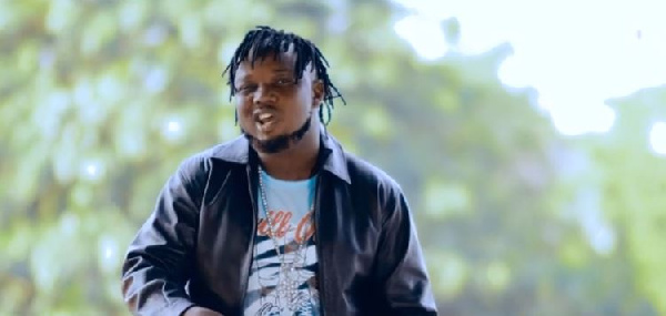 Torgbe taps into Shatta Wale, Sarkodie's fame to con lady