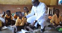 Alhaji Dr Mahamudu Bawumia at the Kperisi Primary School