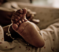 Baby feet, (file phtoto)