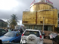 Some Menzgold customers have besieged the office at Dzorwulu