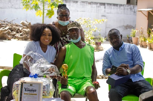 Organizers of Ghana Actors and Entertainers Awards donate to aged entertainers