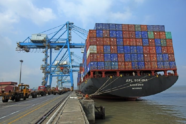 Review laws on interest charges at ports - GIFF