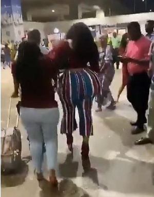 People from all walks of life rushed to the area where the lady was walking with her friends
