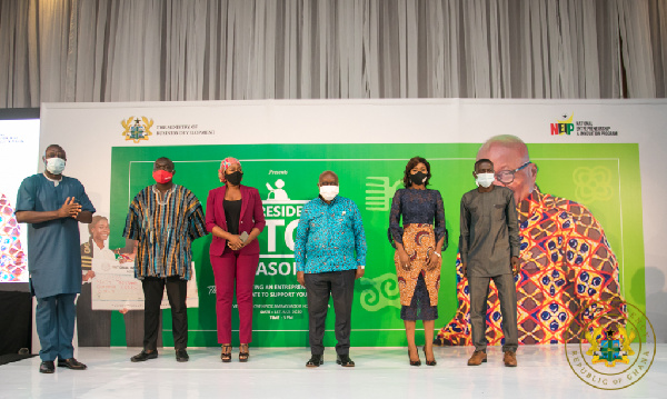 20 young Ghanaian entrepreneurs get GH¢1m from Akufo-Addo