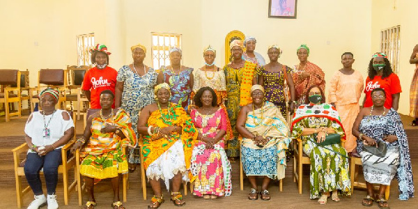 Anomabo Paramount Queenmother rallies support for Prof. Opoku-Agyemang