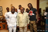 Praye group with President Akufo-Addo