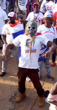 NPP supporters join party for final rally