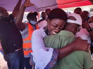 NPP Social Distancing   Hugs