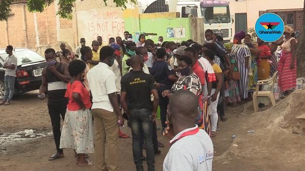 Voter registration: Applicants in Odorkor disregard EC's queue management system