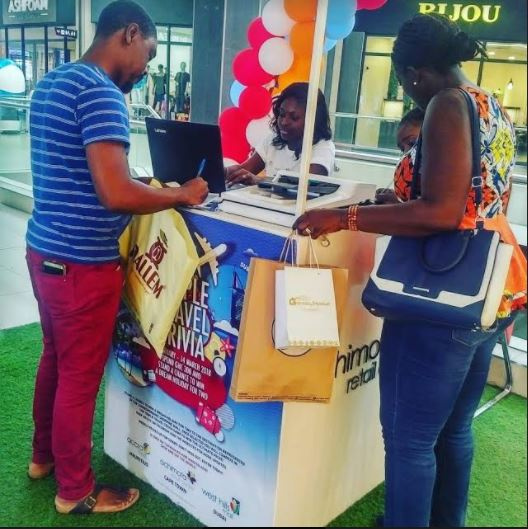 Traders anticipate higher sales ahead of Christmas