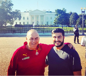 Avram Grant tours White House with his agent Saif Rubie