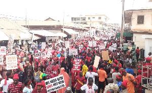 NDC demonstrates against EC