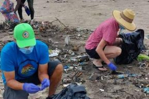 Some participants of the cleanup campaign