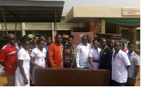 Donors and some hospital staff in a pose for the camera