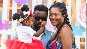 Sarkodie with wife, Tracy Sarkcess and daughter