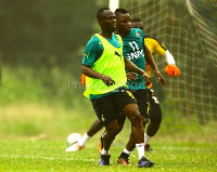 Agyemang Badu (in green vest) trains with national team colleagues
