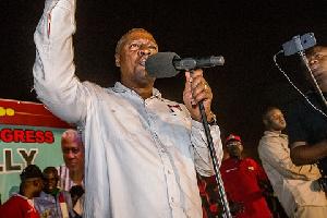 President Mahama speaking at Tamale rally