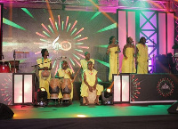 Wulomei performing at VGMA 2017