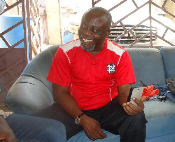 Ex-Ghana striker Joetex Frimpong\'s father dies, aged 71