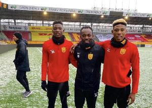 Michael Essien With Abu Francis And Maxwell Woledzi At FC Nordsjaelland.jpeg