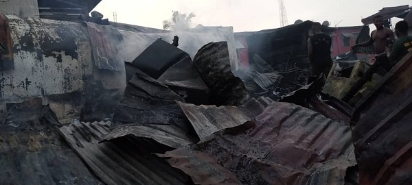 Fire destroys cold store, hairdressing salon at Wassa Akropong. 4
