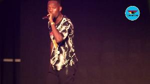 Tulenkey on stage at Rapperholic