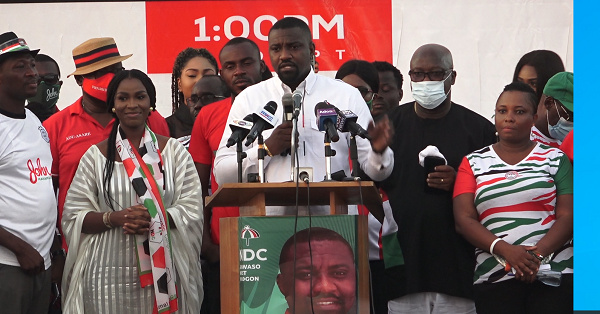 Even if you swim in the Ayawaso flood you won't win – John Dumelo shades Lydia Alhassan