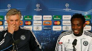 Michael Essien and his former Chelsea boss Carlo Ancelotti
