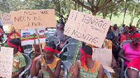 Residents in the Denkyembour District are protesting against power cut