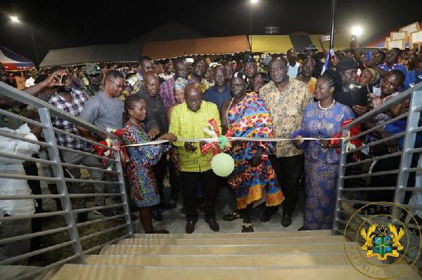 Akufo-Addo commissions Business Respource Centre at Kadjebi