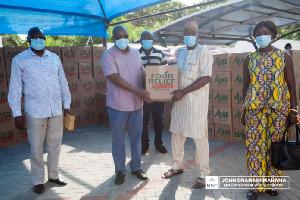 John Mahama donated food items to the Moslim community
