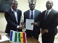 Director of NATCOM Kallon signed the contract with Chairman of Jospong Group, Dr Joseph Agyepong