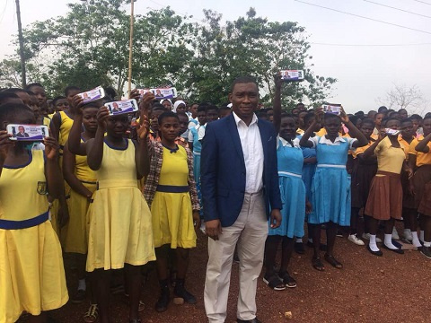 Member of Parliament for Tarkwa-Nsuaem Constituency, George Mireku Duker with some BECE candidates