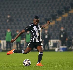 Bernard Mensah, Midfielder