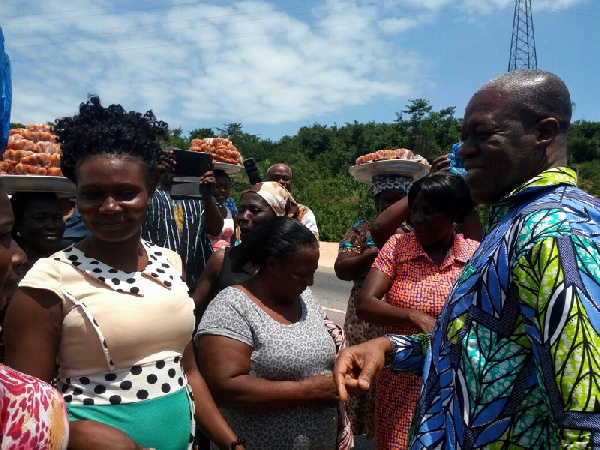 Vice President Kwesi Amissah- Arthur interacting with the traders