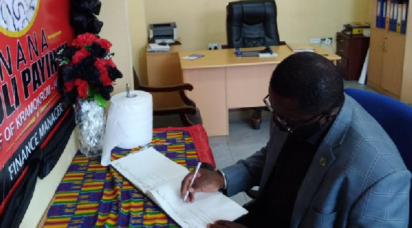 L.O.C President signs book of condolence for late Hot FM finance manager