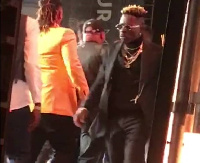 Shatta Wale was on stage whilst Stonebwoy was receiving his award