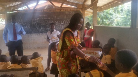 The MCE distributed biscuits, school uniforms, My First Day at School bags and assorted drinks