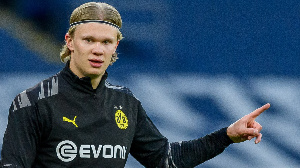 Erling Braut Haaland: Borussia Dortmund ba za ta sayar da Haaland ba