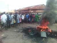 Rampaging youth of Krofrom block roads after autopsy report