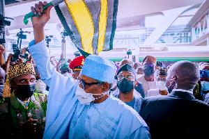 Presido Buhari go Lagos to commission major rail project
