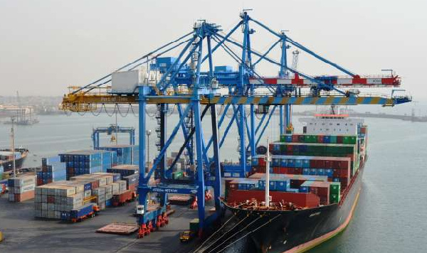 Freight-forwarders happy over slashes in new port charges